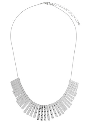 Basque - A64540ba Everyday Essentials Beaten Spike Short Necklace