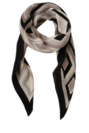 Innovare Made in Italy - Pleated Large Geo Scarf