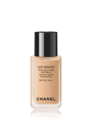 CHANEL - Healthy Glow Foundation Spf 25 / Pa++
