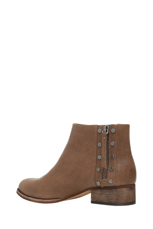 Vince Camuto - Catile Earthline Taupe Ankle Boot