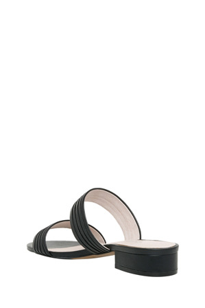 Basque - Sashay Black Leather Sandal