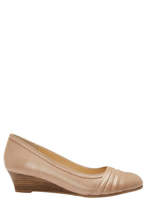 Easy Steps - Epsom Neutral Glove Wedge Pump