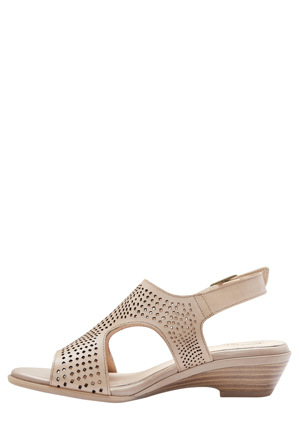 Easy Steps - Carrie Neutral Glove Sandal