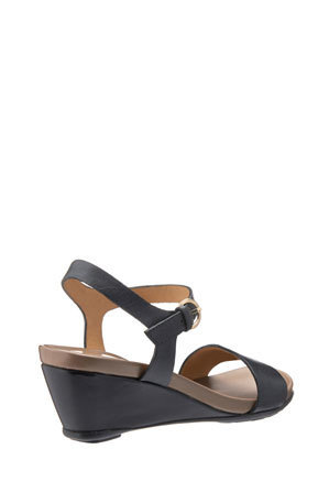 Naturalizer - Silva Black Sandal