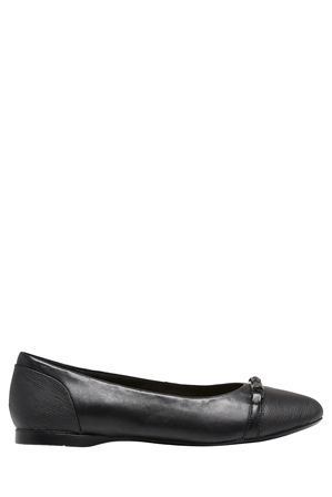 Hush Puppies - Winona Black Pump