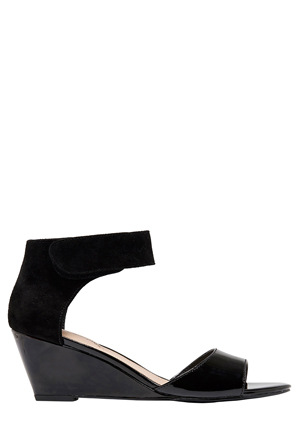 Hush Puppies - Iris Black/Black Sandal