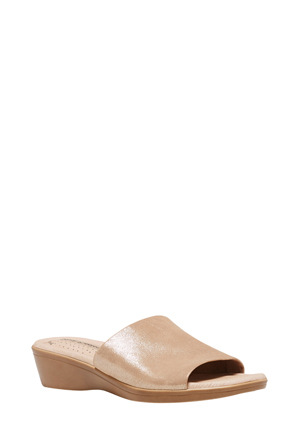 Hush Puppies - Coco Champagne Sandal