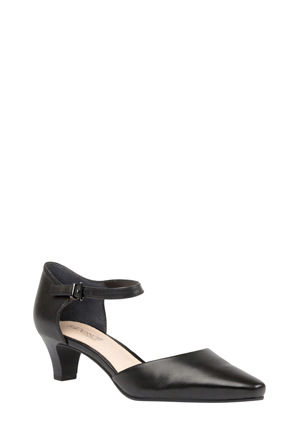 Supersoft by Diana Ferrari - Leyna Black Pump