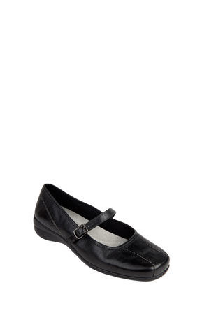 Wide Steps - Brianna Black Pump