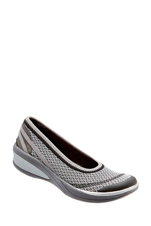 Bzees - Flawless Grey Pump