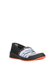 Bzees - Glee Black Print Sneaker