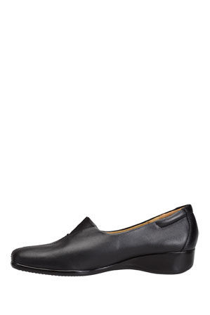 Hush Puppies - Monica Black Loafer