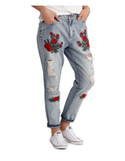 ONLY - Tonni Boyfriend Denim Embroidered Jeans