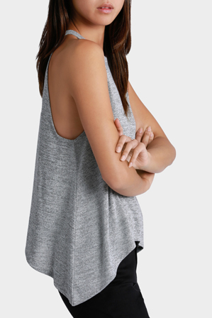 Miss Shop Essentials - Strappy Keyhole Back Top