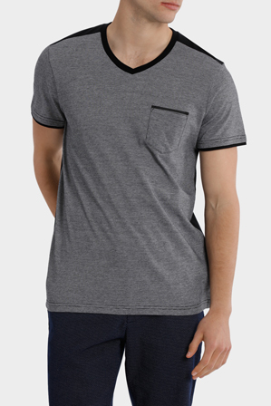Blaq - Mykonos V Neck Detailed Tee