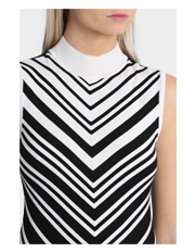 Stella - Chevron Knit