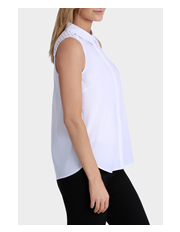 Basque - Sleeveless Shirt With Broderie Anglais Panel