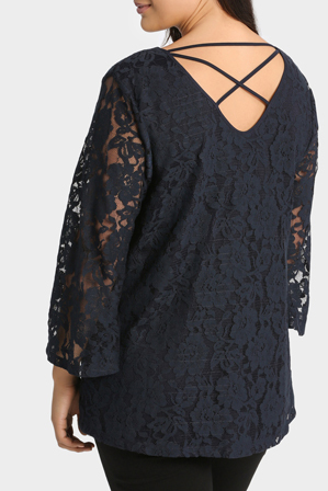 Basque Woman - Lace Bell Sleeve Top