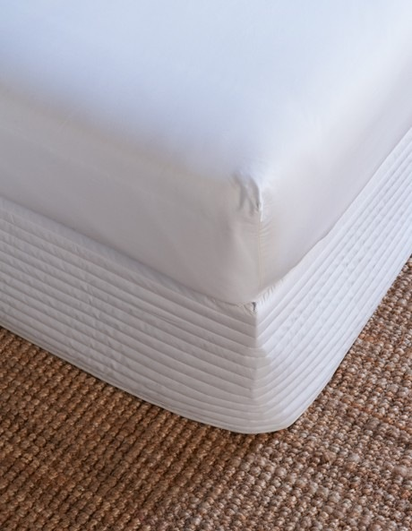 Sheridan | Classic Percale 300TC Cotton Quilted Bedskirt ... : white quilted bed skirt - Adamdwight.com